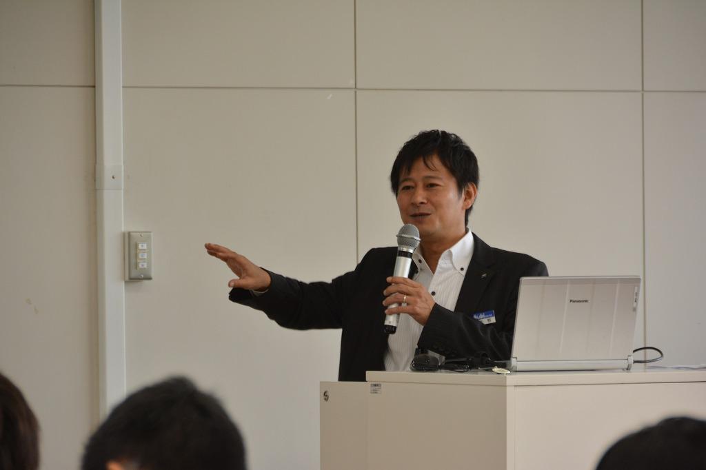 天理大学 | ゲストスピーカーによる「キャリアデザイン1」が開講